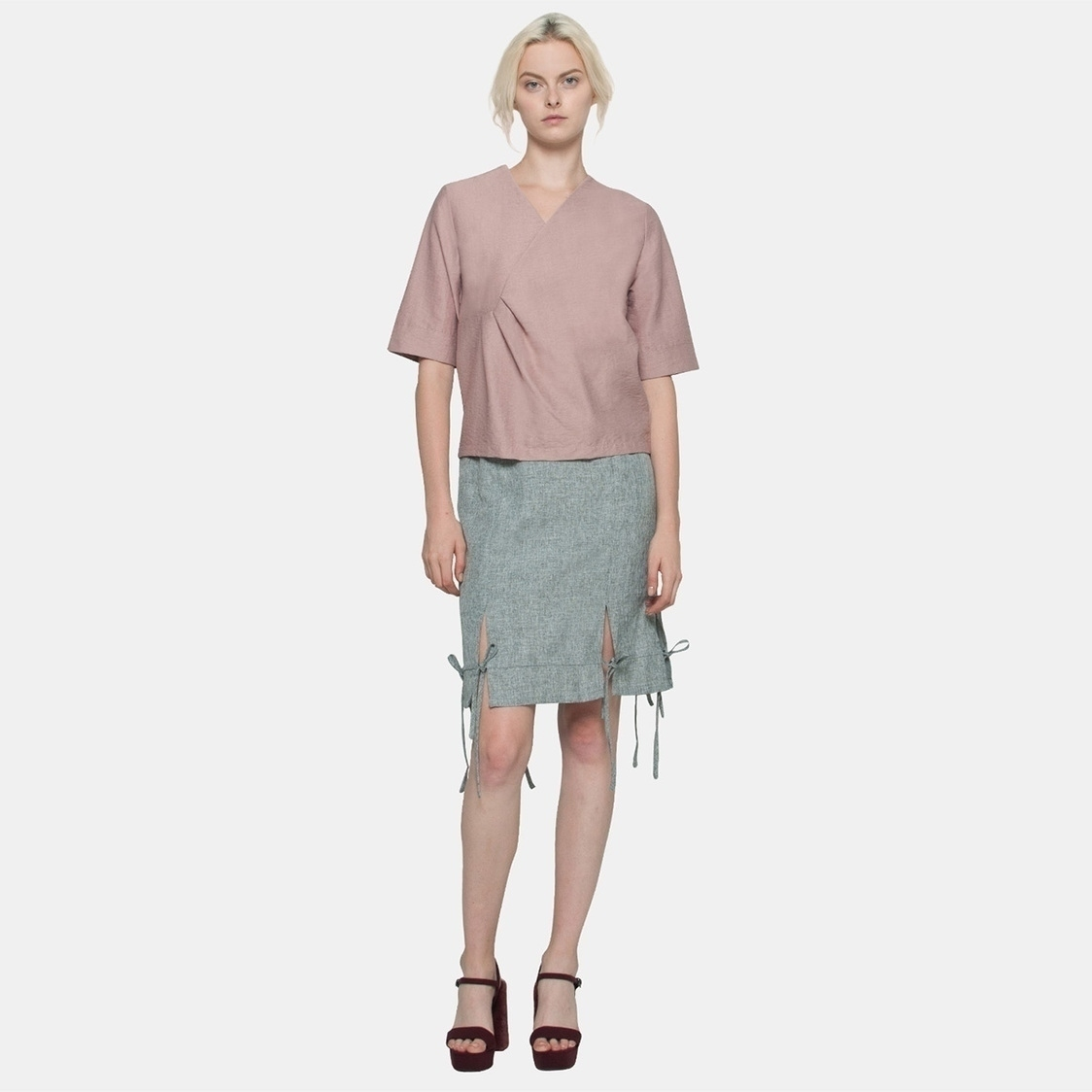 Waist Tuck Textured Shirt in Pink