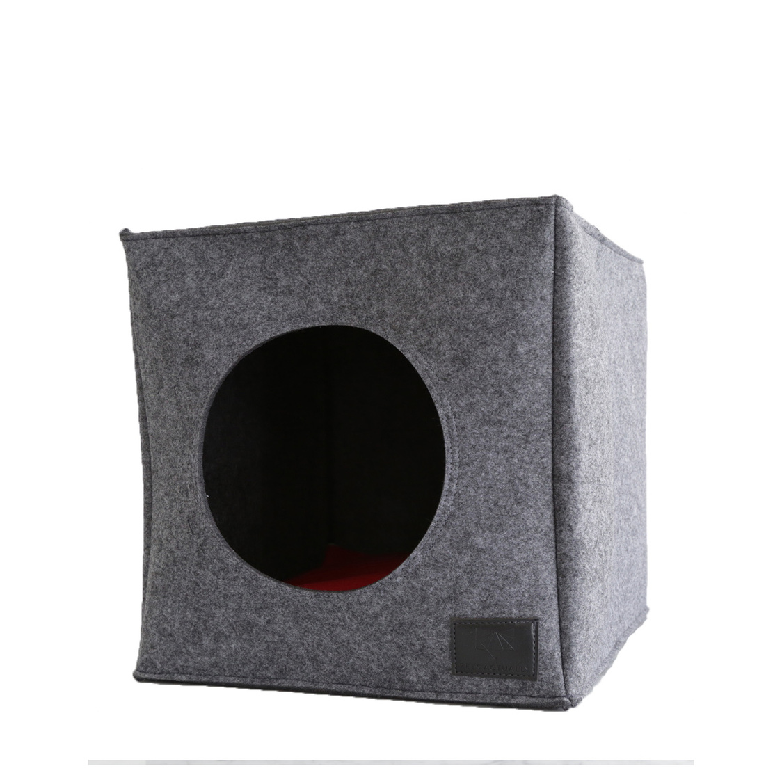 Cubo Grey with Red Cushion
