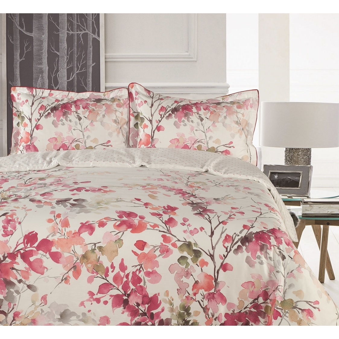 Heirloom Bed Set