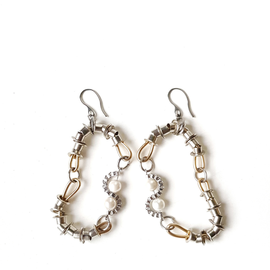 Hiro Earrings Silver