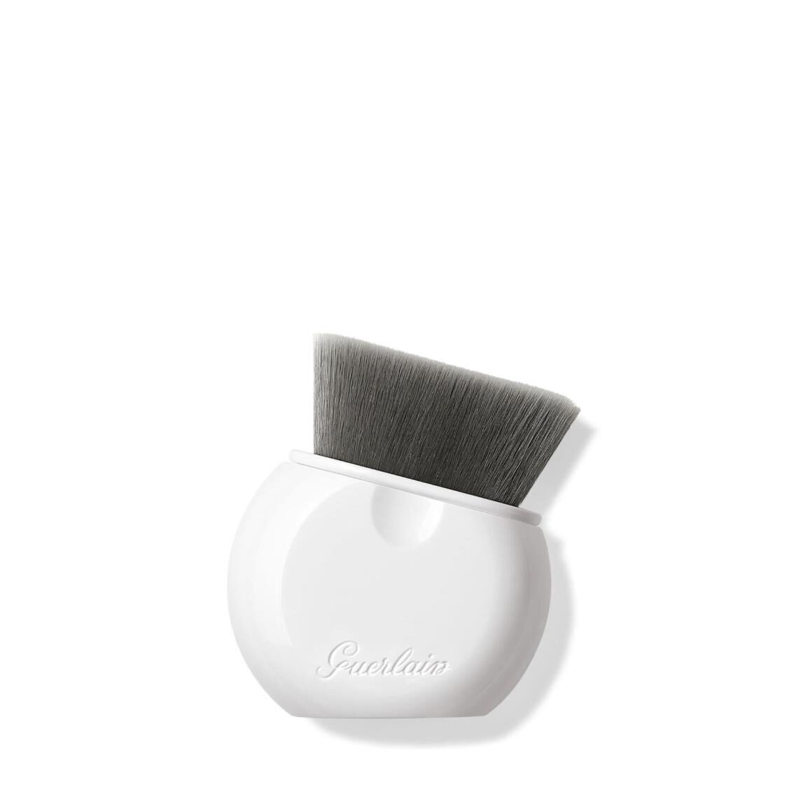 LEssentiel Retractable Foundation Brush