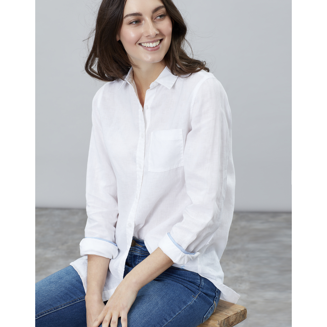 Jeanne Plain Long Line Linen Shirt White Blue