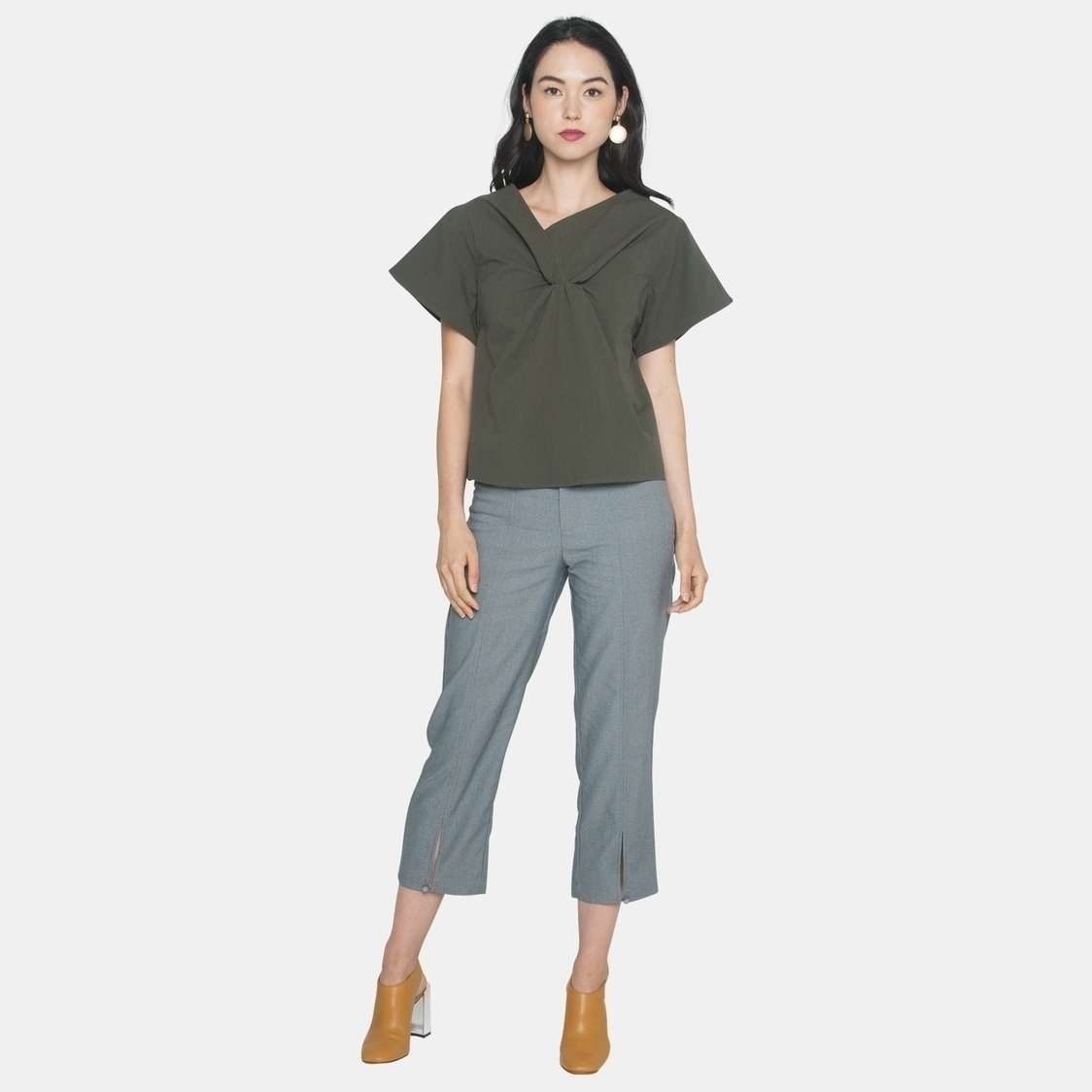 Ellysage Front Knot Shirt in Olive
