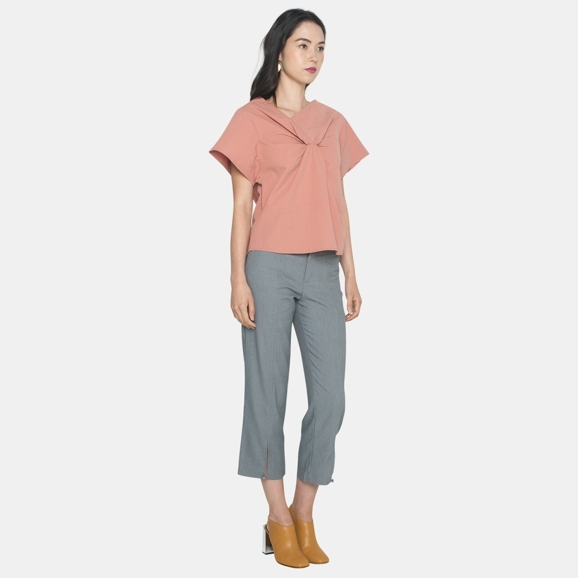 Ellysage Front Knot Shirt in Blush