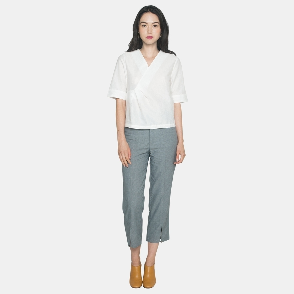 Ellysage Waist Tuck Textured Shirt in White